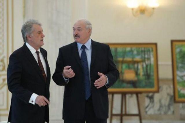 Лукашенко пожаловался на огромные партии оружия из Украины