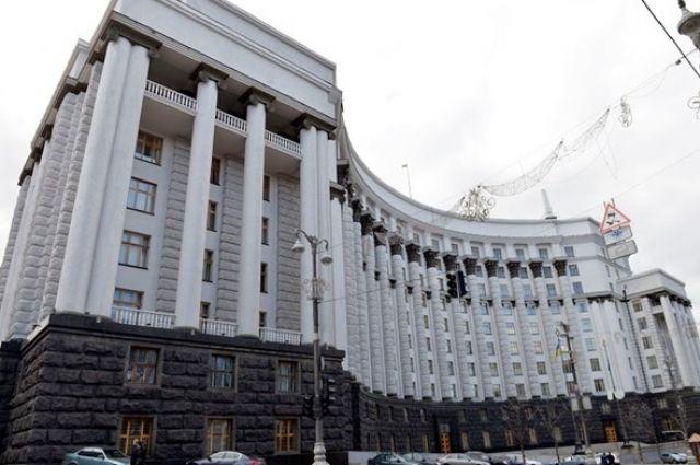 Правительство перечислило субвенцию на возобновление горячей воды в Киеве