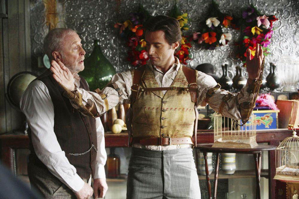 «Престиж» (2006). В драматическом триллере Кристофера Нолана актер сыграл фокусника-иллюзиониста Роберта Энжиера.