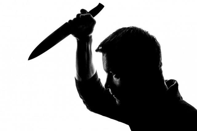 Один из школьников применил нож