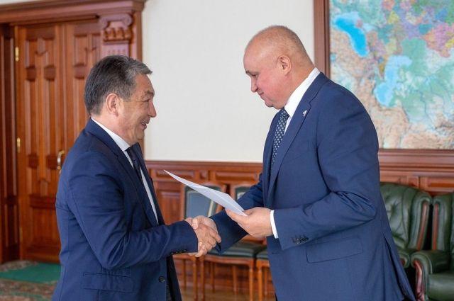 Встреча с Конысбеком Жусупбековым прошла в Омске.