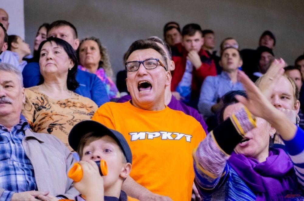 Напряжённая игра пощекотала фанатам нервы