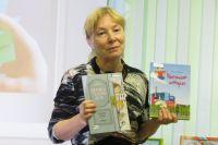 Автор Елена Антропова и две её истории.