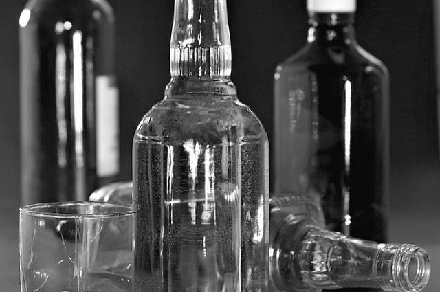 Тюменца, торгующего поддельной водкой, оштрафовали на 200 тысяч рублей