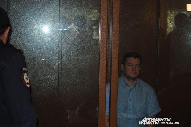 Экс-главе Оренбурга Е.Арапову продлен срок пребывания в СИЗО.