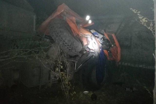 В ДТП под станцией Каргала погиб водитель грузовика.