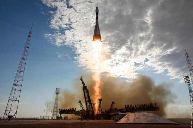 Запуск ракеты Союз - МГ в 2017 году