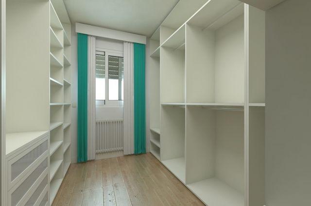 Ноябрянин, продавая мебель, сам приплатил покупателю почти 400 тысяч рублей
