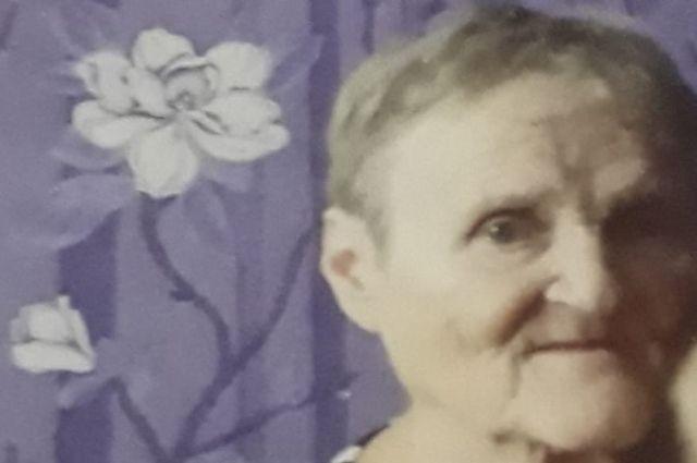 Всех, кто что-то знает о местонахождении пропавшей, родственники просят сообщить в полицию по номер 02 (102 с мобильного) или по номеру: 89127820636 (Ольга).
