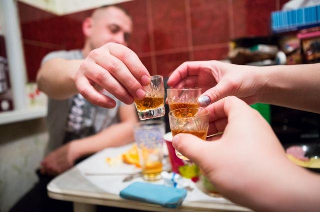 Алкоголь - плохой советчик в конфликтах.