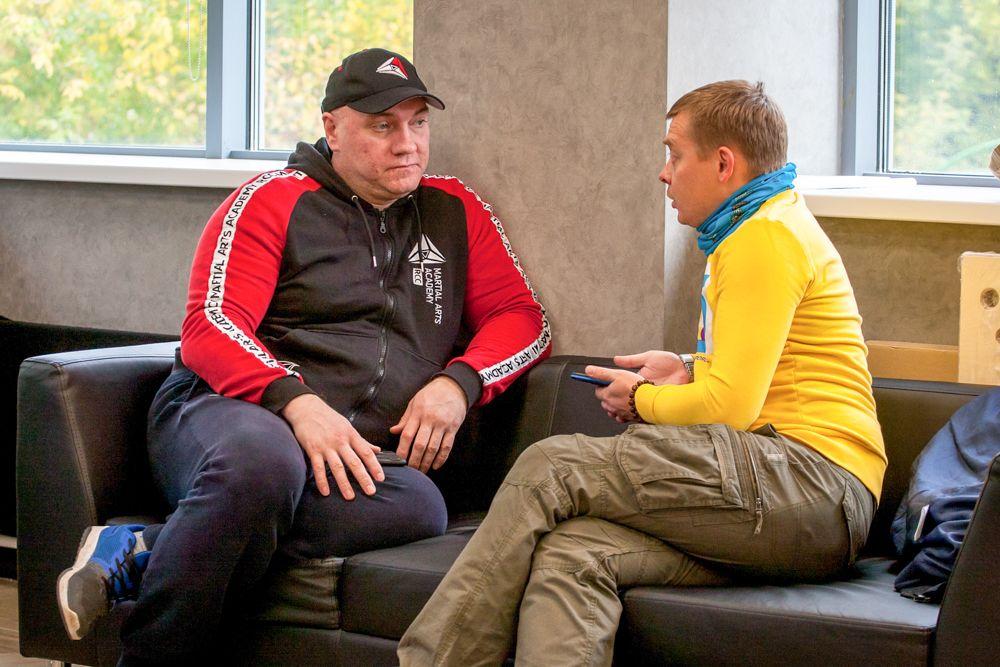 Тренер Академии единоборств РМК Николай Попов.