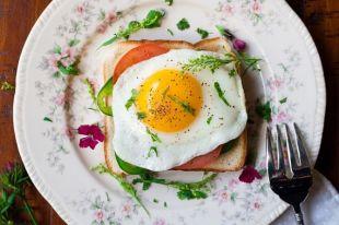 Из яиц можно приготовить десятки интересных блюд.