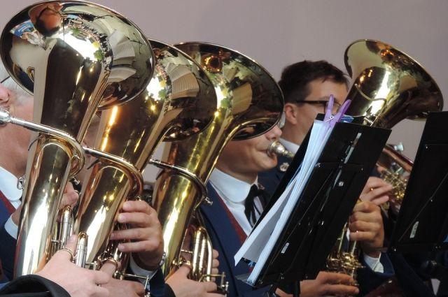 В уренгойской школе искусств планируют создать духовой оркестр