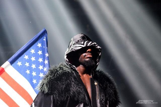 Американский боксер Эндрю Табити.
