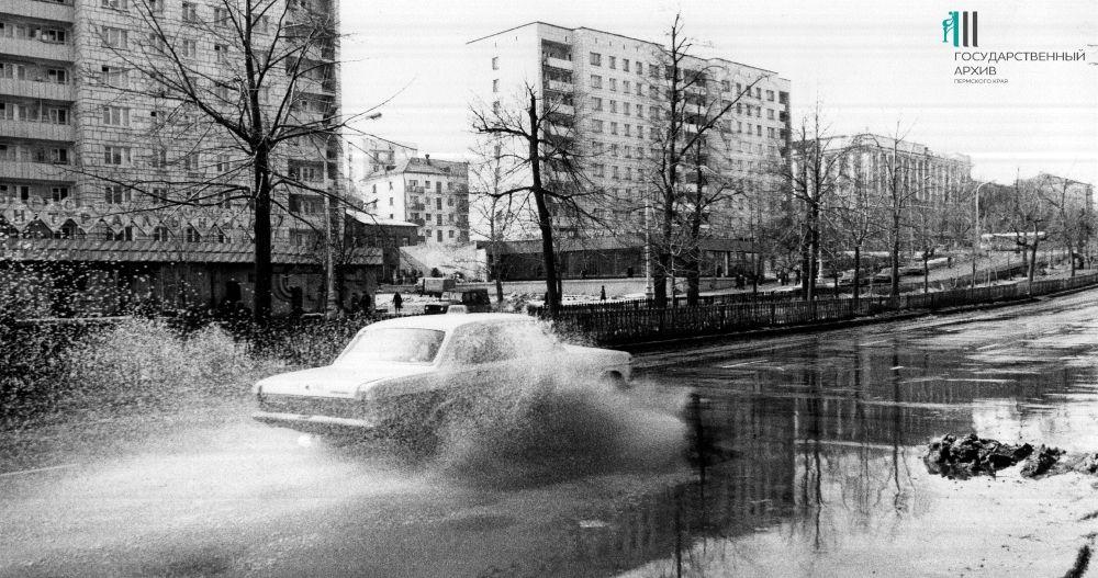 Комсомольский проспект, 1987 год.