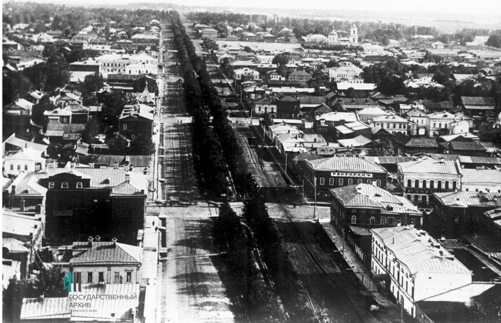 Так выглядела Кунгурская улица в начале XX века.