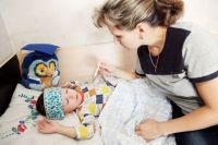 Иногда самостоятельным лечением родители делают только хуже собственному ребенку.