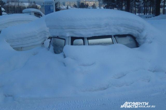 Автомобилистов предупредили о наступлении зимы