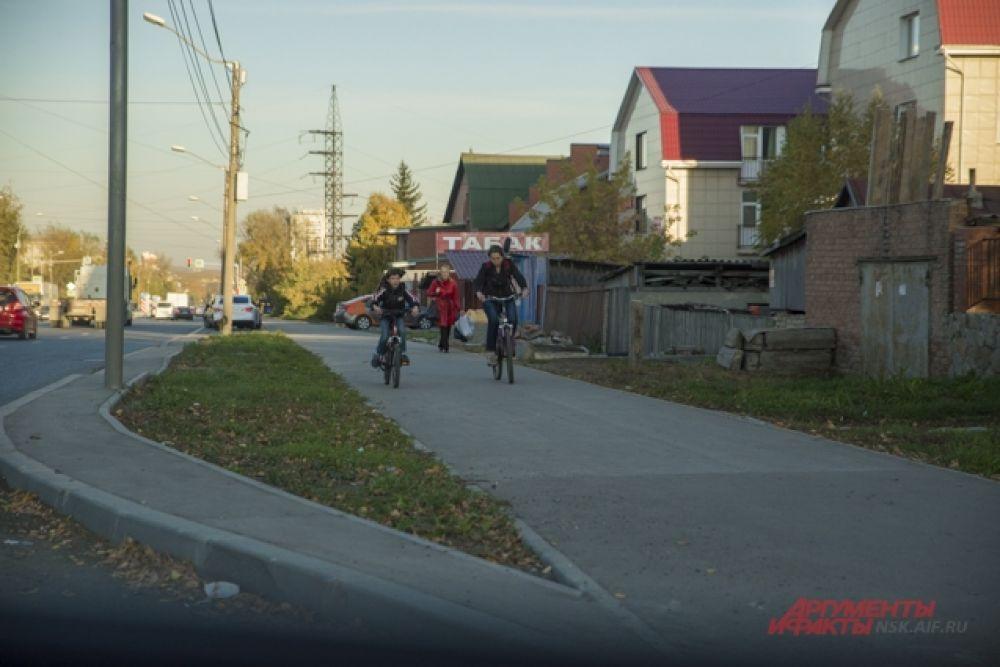 И покататься на велосипеде.
