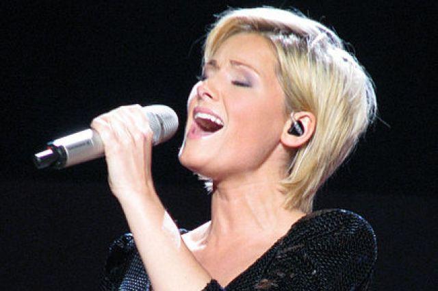 Хелен Фишер - очень популярная певица в Европе.