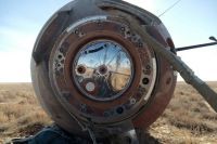 Капсула, на которой аварийно приземлились члены основного экипажа МКС-57/58 космонавт Роскосмоса Алексей Овчинин и астронавт NASA Ник Хейг.