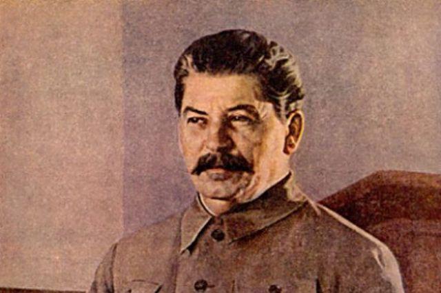 В Новосибирске ищут место для памятника Сталину.