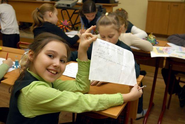 В отремонтированной школе и детям станет веселее учиться.