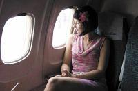 В течение нескольких часов жизнь человека, летящего в самолёте, зависит не от него, а от опыта пилотов и исправности машины.
