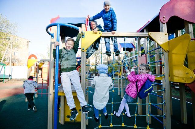 Больше всего радости объекты городской среды приносят детям.