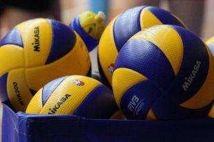 Волейболистки калининградского «Локомотива» разгромили ростовский «Импульс».