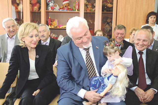 Депутаты Тамбовской областной Думы несколько лет назад взяли шефство над Домом ребёнка.