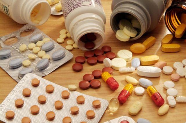 Украинцы за год потратили на медикаменты $2 млрд.