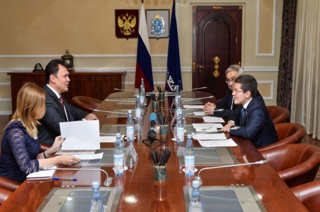 Дмитрий Артюхов провел рабочую встречу с почетным консулом Республики Корея