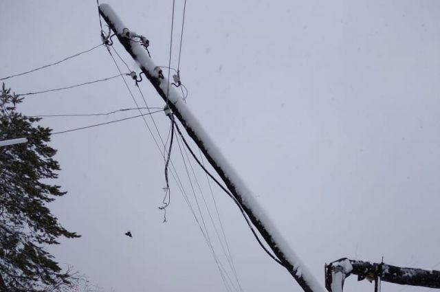 Электричество отсутствует всего в 411 жилых домах.