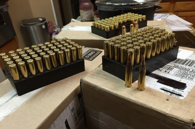 В Новом Уренгое мужчина сознался в хищении патронов двенадцатого калибра