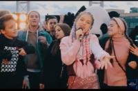 Кадр из клипа «Непобедимые»