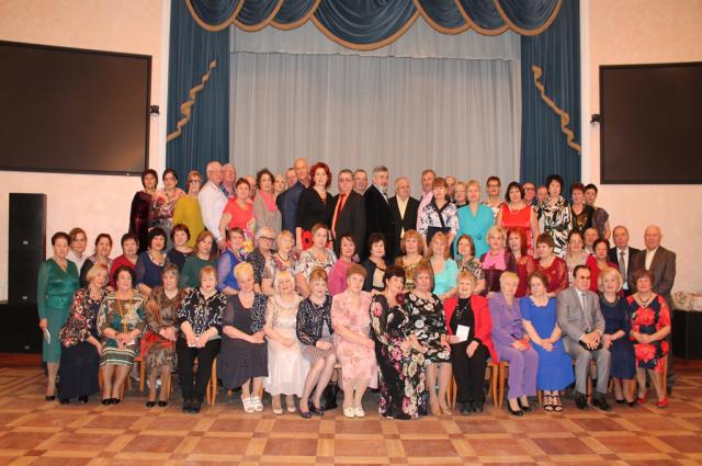 Ямальские ветераны не забывают север и в Санкт-Петербурге