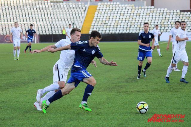 Подопечные Сергея Емельянова провели последний домашний матч в 2018 году.