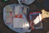 Обвиняемые продавали синтетические наркотические средства через интернет.