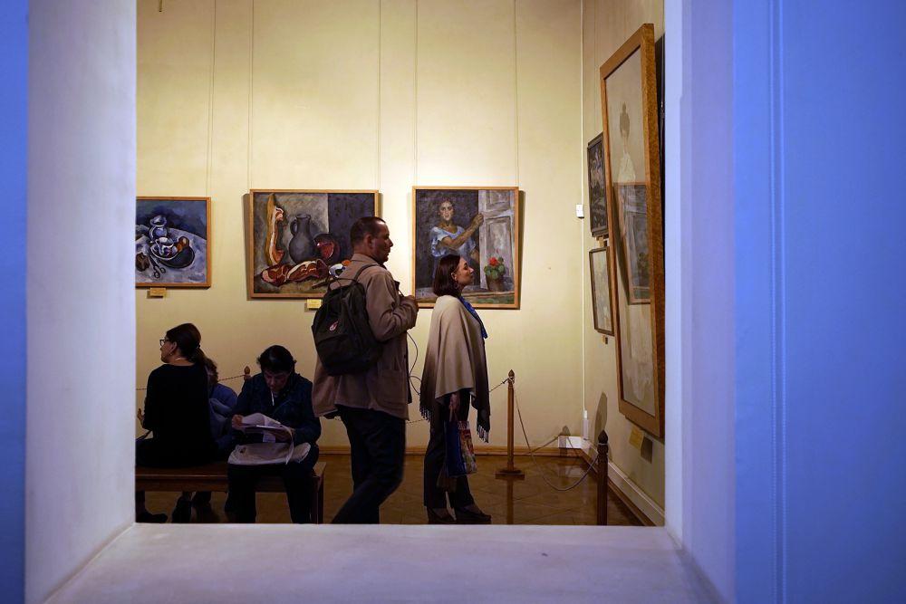 Музей им. Ф. Коваленко. Выставка Фредерика Болдвина. Представленные на экспозиции фотографии сделаны на вилле Пикассо в Каннах в 1955 году. Эти уникальные снимки, запечатлевшие быт художника, его мастерскую, впервые показаны в России.