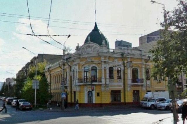 Прокуратура уличила мэрию Красноярска в затягивании сроков ремонта памятников.