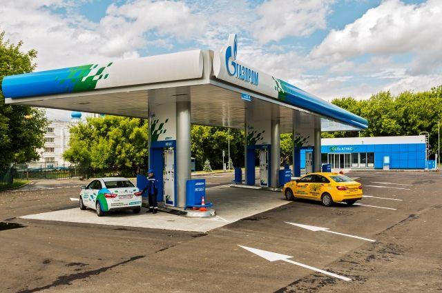 Всё больше таксопарков переводят машины на природное топливо.