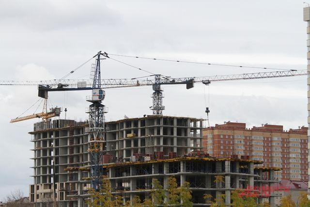 Строительство новых домов в Новосибирске.