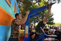 Коллектив объединяют совместные мероприятия. Например, спортивные соревнования.