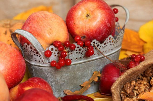 Лечимся со вкусом. Какими полезными свойствами обладают плоды и ягоды?