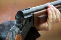 Под Киевом мужчина устроил стрельбу на предприятии и скрылся: есть погибший