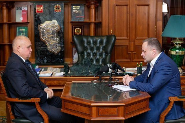 Губернатор Кемеровской области встретился со своим заместителем по строительству Глебом Орловымю