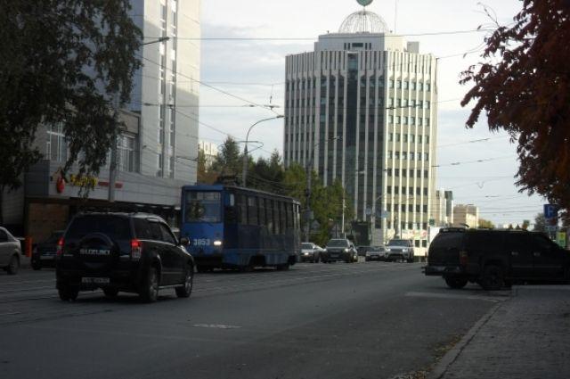 Маршрут трамвая №13 закроют на три дня.