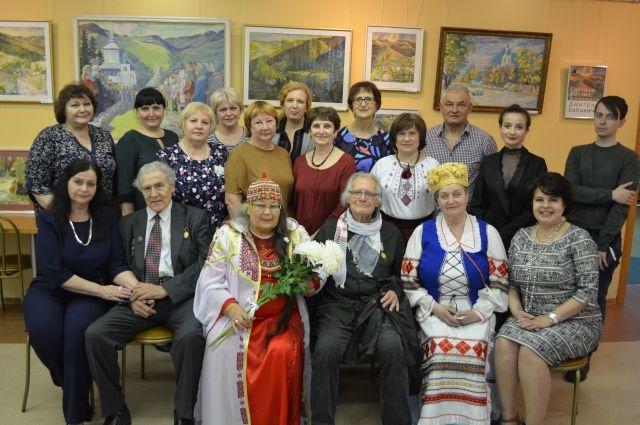 В Тюмени состоялось открытие выставка картин Дмитрия Бобонича