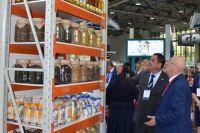 Поступающие из Средней Азии овощи и фрукты будут сортировать и отправлять по другим регионам России из Оренбургской области.